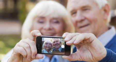 Tech-Items-Senior-citizens-600x320